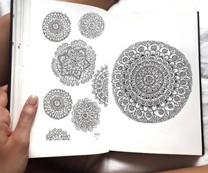 arte, dibujo, and mandalas image
