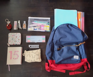school, whats in your bag, and bag image