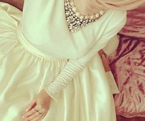 hijab, white, and necklace image