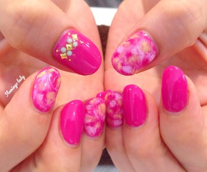 hong kong, kawaii, and nails image