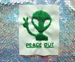 alien, peace, and grunge image