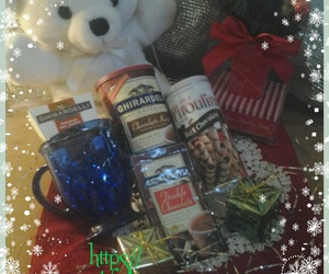 giftbasketsfor, whiteteddybear, and rosebudchocolate image