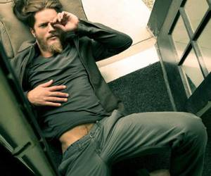 vikings, travis fimmel, and Hot image