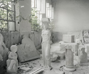 aesthetic and statue image