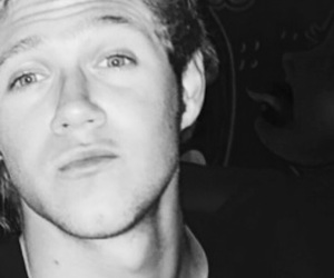 niall horan, drunk niall, and one direction image