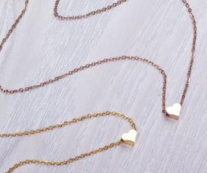 tiny heart necklace image