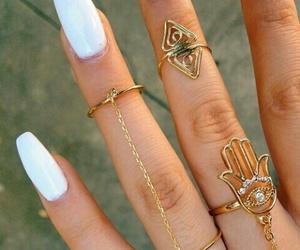 nails white image