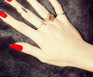 red nails rings black image
