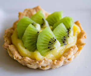 food, kiwi, and fruit image