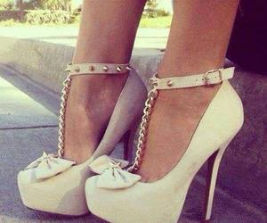bow, classy, and shoes image