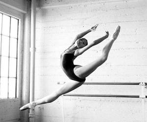 b&w, ballet, and black & white image