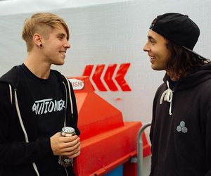 vic fuentes, patty walters, and pierce the veil image