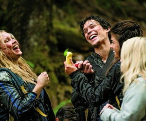 the 100, bellamy blake, and marie avgeropoulos image