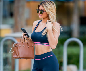 kylie jenner, body, and style image
