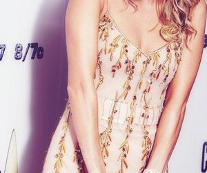 country music, carrie underwood, and country music queen image