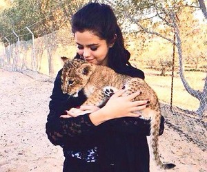 selena gomez, selena, and animal image