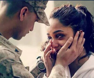 couple, army, and cry image