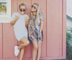 girls, best friends, and style image