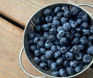 blueberry, blue, and delicious image