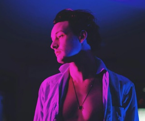 the 1975, george daniel, and pink image