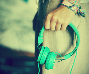 music, headphones, and green image