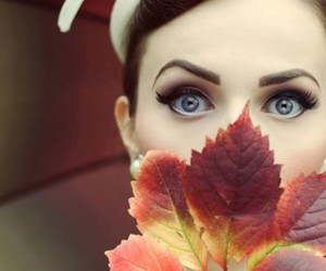 autumn, beauty, and blue eyes image