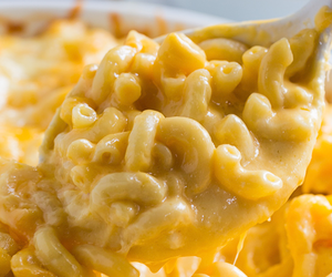 food, mac and cheese, and cheese image