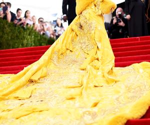 rihanna, yellow, and riri image
