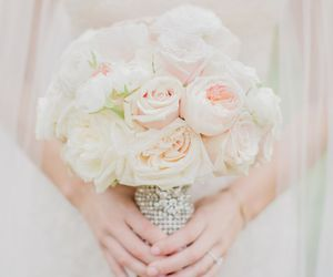 beautiful, bouquet, and rosesù image