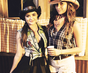 country, women, and lucy hale image