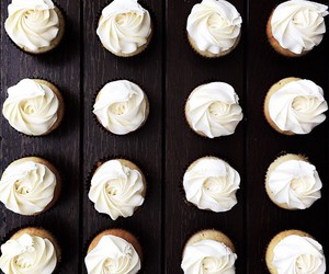 cupcakes, food, and yummy image
