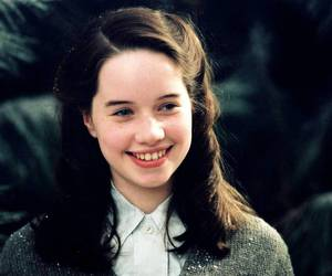 anna popplewell, narnia, and susan pevensie image