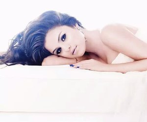 famous, selly, and fashion image