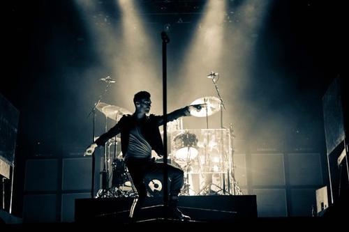 Adam Levine ♥ (ფოტოკრებული)