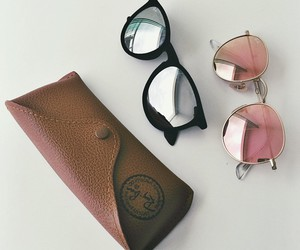 sunglasses and ray ban image