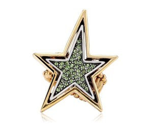gold plated star rings, gold star stretch rings, and punk crystal star rings image