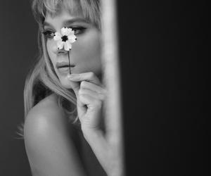 actress, beautiful, and body image