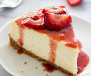 food and cheesecake image