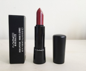 cosmetic, lip, and red image