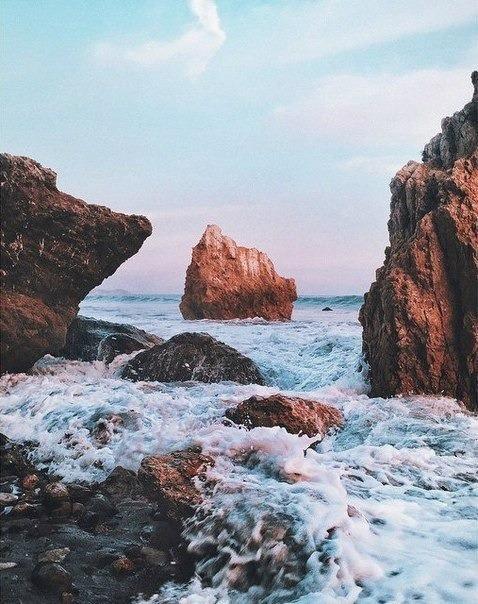 sea, ocean, and rock image