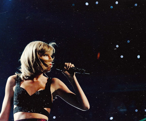 1989, fashion, and 1989 tour image