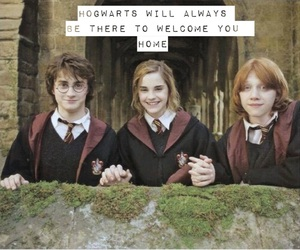harry potter, hogwarts, and weasley image