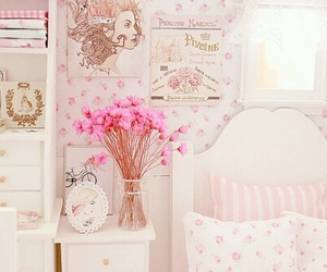 pink, bedroom, and flowers image