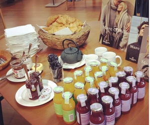 breakfast, fashion, and press day image