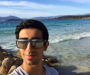 beach, vikkstar, and ️youtubers image
