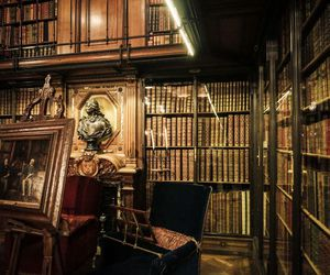 books and library image