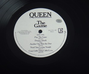 Queen and the game image