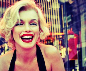 beautiful, fashion, and Marilyn Monroe image