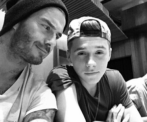 brooklyn beckham and David Beckham image