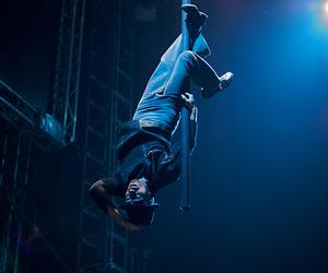 acrobat, aerial, and ballett image